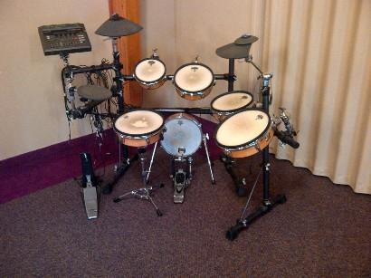 used yamaha dtxtreme electronic drum set electric drums ebay. Black Bedroom Furniture Sets. Home Design Ideas